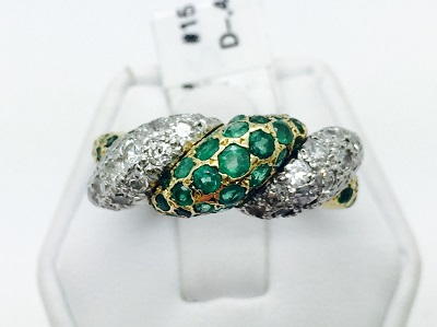 Emerald and Diamond Twisted 18K Gold Ring